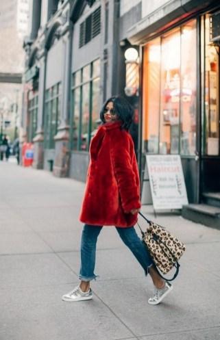 80 Fashionable Women Faux Fur Coats Look 7