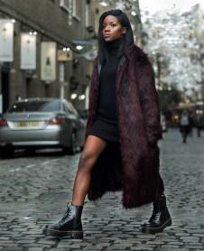80 Fashionable Women Faux Fur Coats Look 71