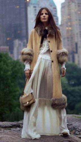 80 Fashionable Women Faux Fur Coats Look 9