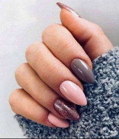 47 Simple Nail Art Design for This Winter Season Inspiration 17
