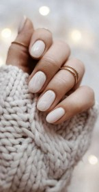 47 Simple Nail Art Design for This Winter Season Inspiration 18