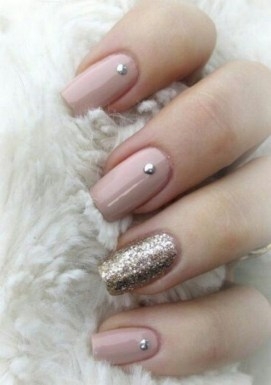 47 Simple Nail Art Design for This Winter Season Inspiration 22