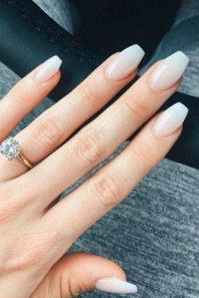 47 Simple Nail Art Design for This Winter Season Inspiration 26