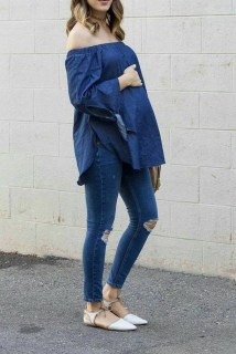50 Comfy Jeans Outfits For Pregnant Women Ideas 22