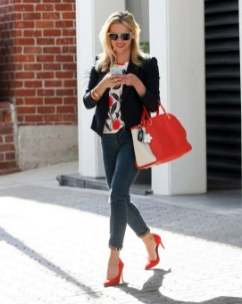 50 Modern Look Jeans and Red Shoes Outfit Ideas 04
