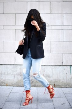50 Modern Look Jeans and Red Shoes Outfit Ideas 08