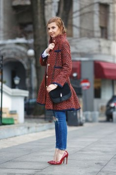 50 Modern Look Jeans and Red Shoes Outfit Ideas 10