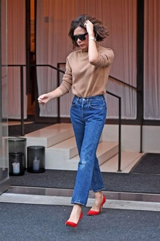 50 Modern Look Jeans and Red Shoes Outfit Ideas 18