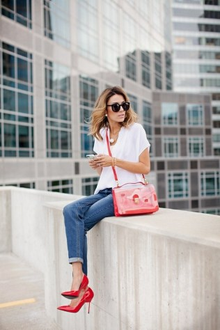 50 Modern Look Jeans and Red Shoes Outfit Ideas 19