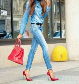 50 Modern Look Jeans and Red Shoes Outfit Ideas 23