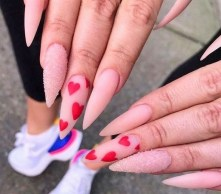50 Nail Art Ideas for Valentines Day You Need to See 13