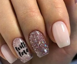 50 Nail Art Ideas for Valentines Day You Need to See 16