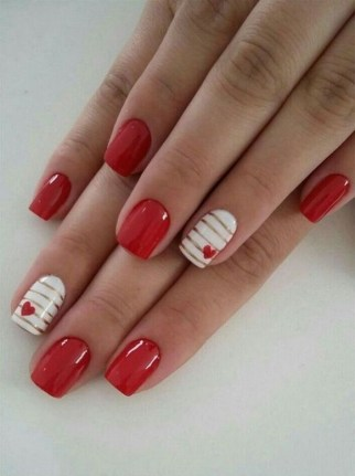 50 Nail Art Ideas for Valentines Day You Need to See 22