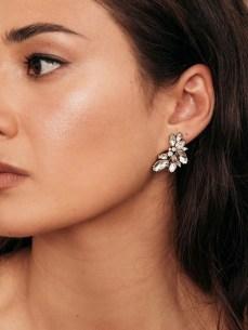 50 Stud Earring for Wedding Brides Ideas 45