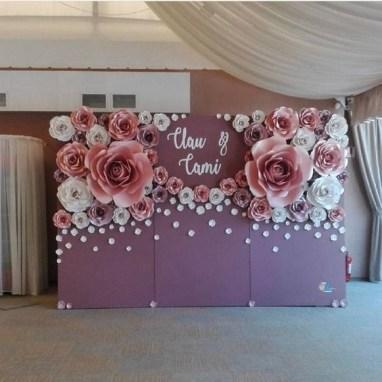 50 Stunning Paper Flower Decoration for Wedding Ideas 02