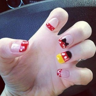 60 Disney Themed Nail Art Ideas 17