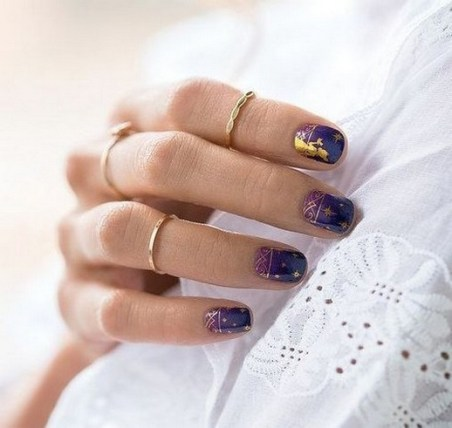 60 Disney Themed Nail Art Ideas 53