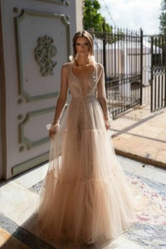 60 Gold Glam Wedding Dresses Inspiration 28