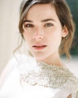 60 Inspiring Natural Bridal Look 16