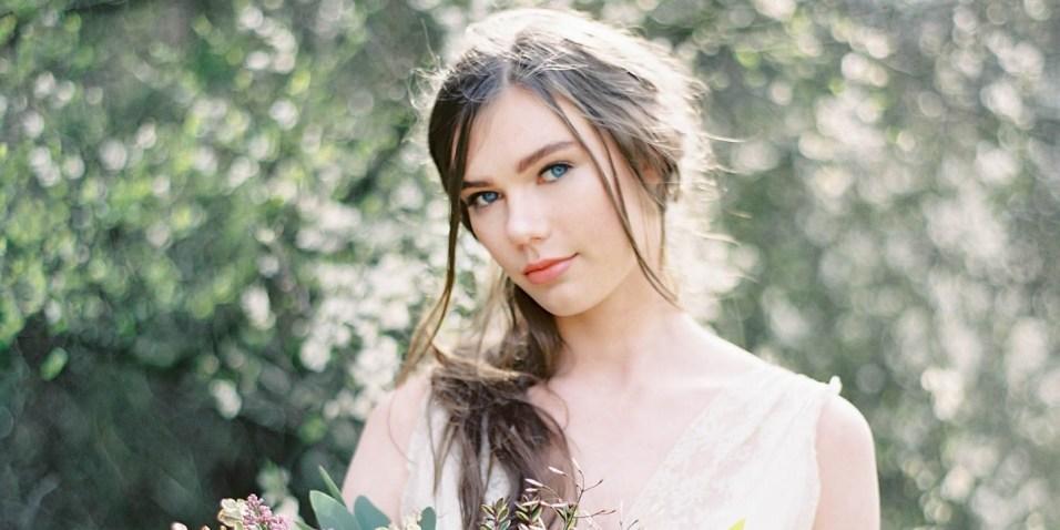 60 Inspiring Natural Bridal Look 20