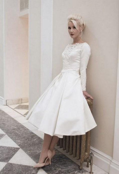 60 Simple Vintage Wedding Dress Ideas 13