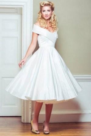 60 Simple Vintage Wedding Dress Ideas 18