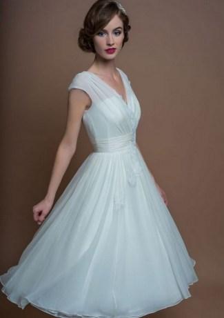 60 Simple Vintage Wedding Dress Ideas 33