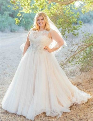 70 Elegant Ball Gown Wedding Dresses For Plus Size 57