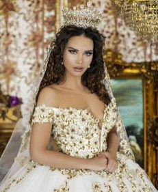 70 Elegant Bridal Crown Wedding Ideas 17