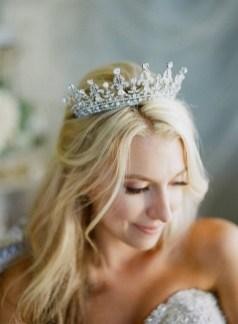 70 Elegant Bridal Crown Wedding Ideas 44
