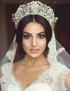 70 Elegant Bridal Crown Wedding Ideas 50