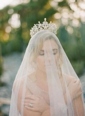70 Elegant Bridal Crown Wedding Ideas 55