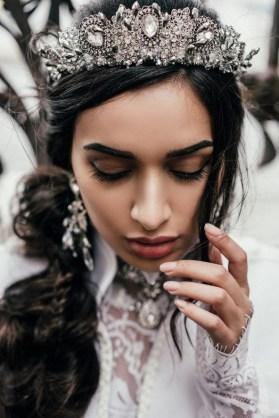 70 Elegant Bridal Crown Wedding Ideas 6