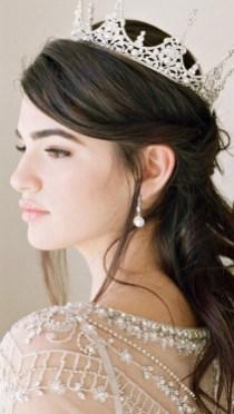 70 Elegant Bridal Crown Wedding Ideas 60