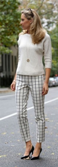 75 How to Wear Sweater for Working Women 44