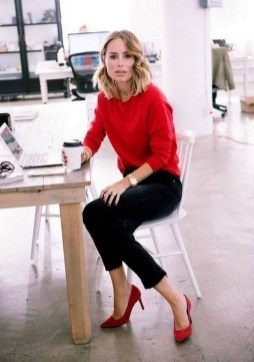 75 How to Wear Sweater for Working Women 48