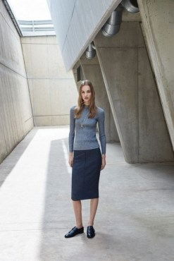 75 How to Wear Sweater for Working Women 54