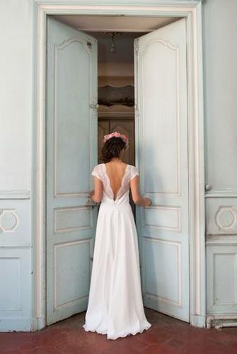 80 Adorable V Shape Back Wedding Dresses You Need to See 85