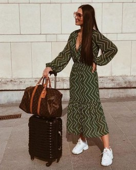 80 Stylish and Comfy Dress and Sneakers Outfit Look 34