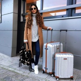 90 Comfy and Fashionable Travel Airport Outfits Looks 4