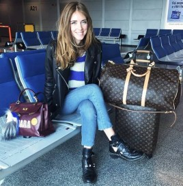 90 Comfy and Fashionable Travel Airport Outfits Looks 71