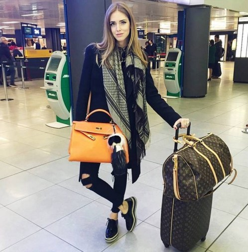 90 Comfy and Fashionable Travel Airport Outfits Looks 88