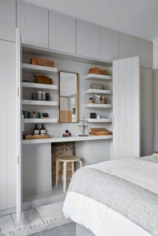 35 Bedroom Storage Ideas Small Spaces for Womens 12