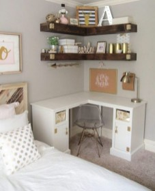 35 Bedroom Storage Ideas Small Spaces for Womens 15