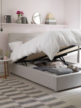 35 Bedroom Storage Ideas Small Spaces for Womens 24