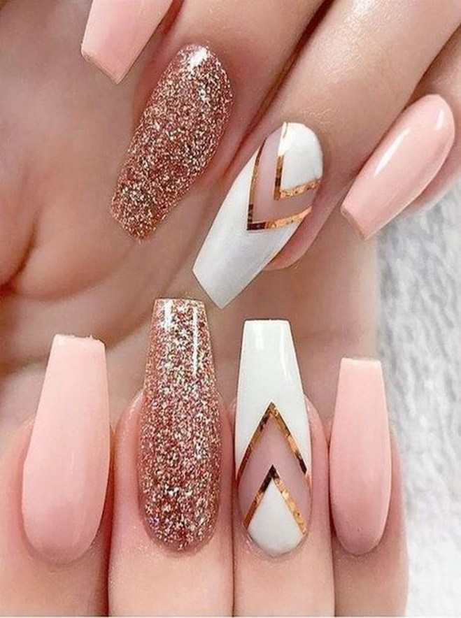 50 Acrylic Nails Ideas with Glitter Which You Love 07