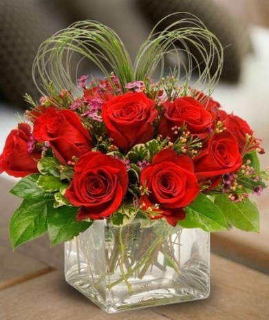 50 Romantic Valentines Flowers You Need to See 35