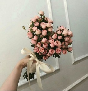 50 Romantic Valentines Flowers You Need to See 54