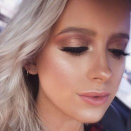 50 Shimmering Eye Makeup for Party Ideas 09