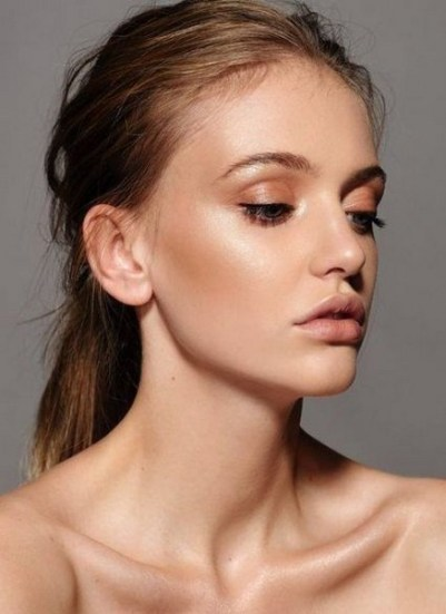 50 Shimmering Eye Makeup for Party Ideas 33